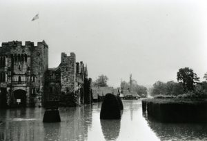 Hever Castle and Tudor Village under water, © Eden Valley Museum Trust